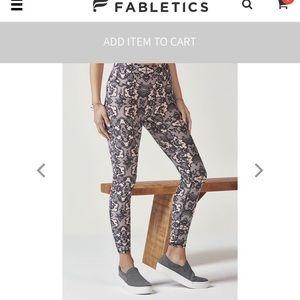 Fabletics pink&black lace leggings 7/8th medium